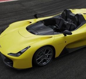 Итальянцы представили автомобиль, в котором сразу четыре машины