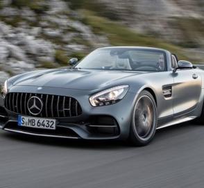 В Украине заметили Mercedes за 140 000 евро на литовских номерах