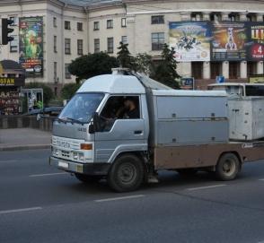 Интересный грузовик Toyota на украинских дорогах