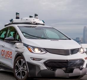Эксперты: роботакси выйдет в разы дороже такси с человеком