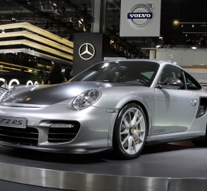 Porsche «возродит» одну модель ради четырех клиентов