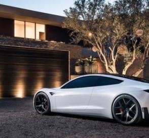 Tesla скоро может стать банкротом