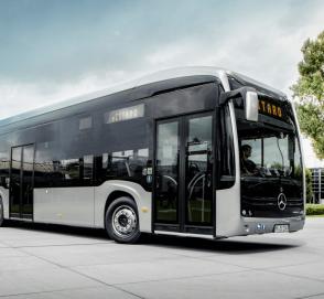 Первый электробус Mercedes-Benz eCitaro выехал на маршрут