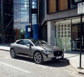 Британцы решили «перекупить» клиентов у Tesla