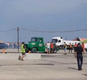 Заезд уникального КрАЗ с танковым двигателем показали в Сети