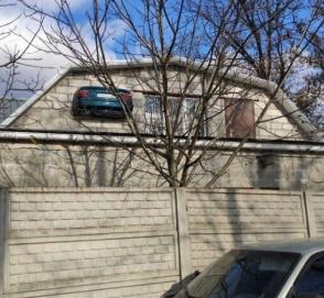 Украинец нашел необычное применение старому BMW