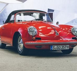 Компания Porsche назвал пятерку пять лучших спорткаров с воздушным охлаждением