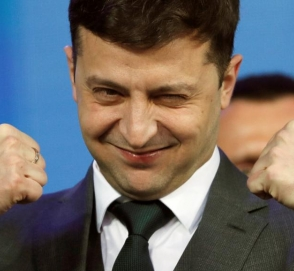 Зеленский пообещал сделать в Украине «зеркальные» дороги