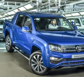 Самый мощный вариант пикапа Volkswagen Amarok встал на конвейер