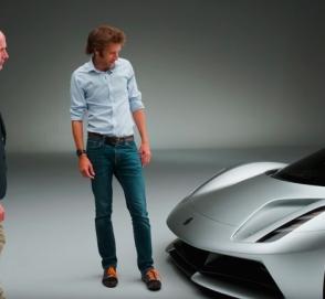 Новейший гиперкар Lotus Evija показали на видео