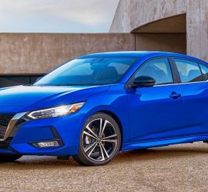 Новый Nissan Sentra: другая платформа и агрессивный дизайн