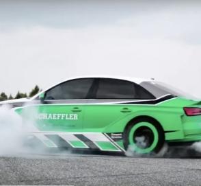Audi RS3 устроил умопомрачительный дрифт