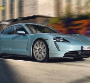 Porsche представила самую дешевую версию Taycan