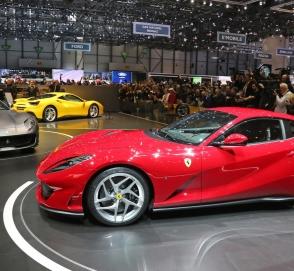 Ferrari готовит к сентябрю новую модель без крыши