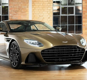Aston Martin сделал особый DBS Superleggera в честь фильма о Джеймсе Бонде