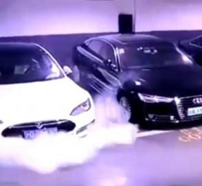 Маск раскрыл вероятность того, что автомобиль Tesla сгорит