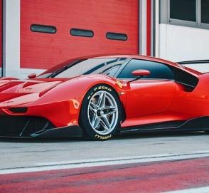 Ferrari представила уникальный трековый суперкар
