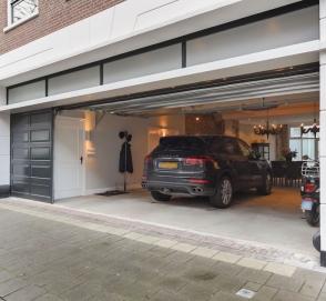 Porsche Cayenne стал частью интерьера дома