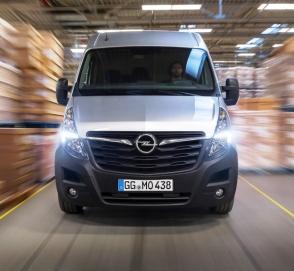 Обновился большой фургон Opel Movano