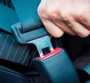 Сколько водителей пренебрегают ремнями безопасности