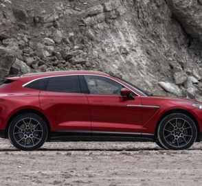 Состоялась премьера первого кроссовера бренда Aston Martin