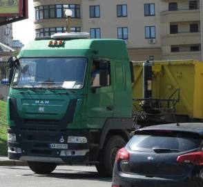 В Украине заметили очень редкий белорусский грузовик