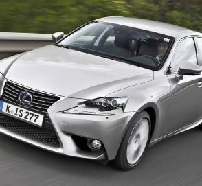 Lexus может возродить IS F с турбированным V6