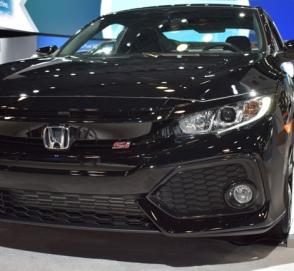 Honda представила «заряженный» Civic в модификации Si