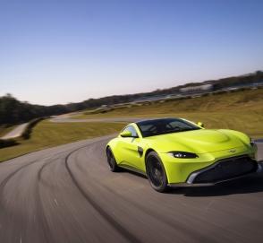 Aston Martin официально представил новый Vantage