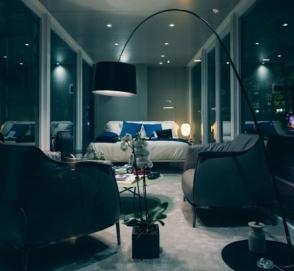 Maserati разрешила желающим провести ночь на заводе