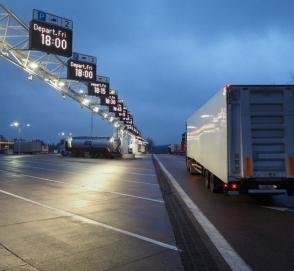 Польша ввела новое ограничение движения для грузовиков