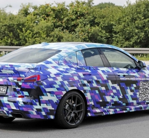 Появилось официальное фото четырехдверной BMW 2 Series