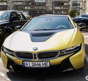 В Украине замечен редчайший BMW