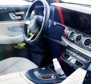 Появились фото салона обновленного Mercedes E-Class