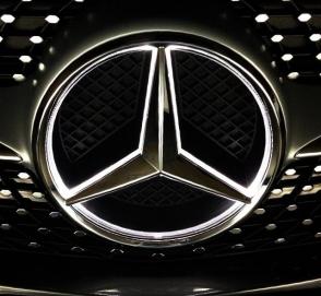 Продажи Mercedes-Benz могут начать стремительно падать