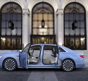 Lincoln выпустил Continental с заднепетельными дверьми
