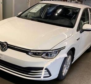 «Живые» фотографии нового Volkswagen Golf утекли в Сеть