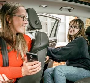 Skoda придумала таксометр для родителей, подвозящих детей