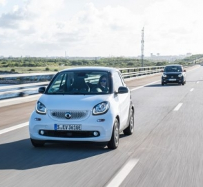 Электромобиль Smart ForTwo EQ протестировали в суровых условиях