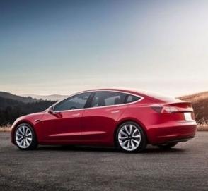 Tesla Model 3 проехала 830 километров на одном заряде