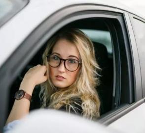 Британские учёные: водители-женщины совершеннее мужчин