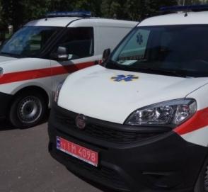 Германия подарила Украине санитарные автомобили