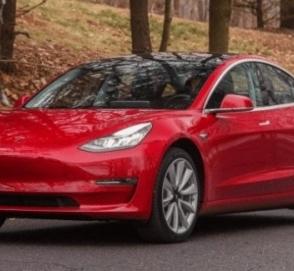 Tesla специально для Европы оборудовала Model 3 разъемом CCS Combo 2