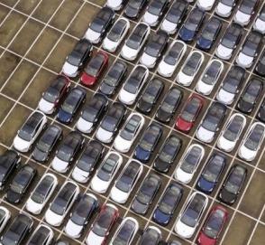 Китайский авторынок в феврале рухнул более чем 17%