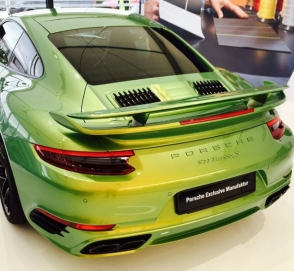 Необычный окрас Porsche оценили в 100 тысяч долларов