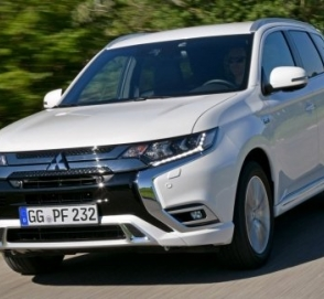 Гибриду Mitsubishi Outlander PHEV увеличили запас хода