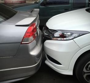 Кабмин обязал водителей иметь при себе полис автогражданки