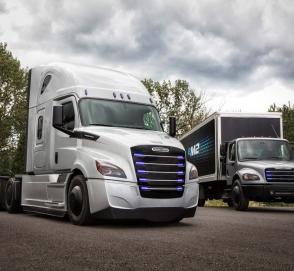Все грузовики и автобусы компании Daimler получат электромоторы