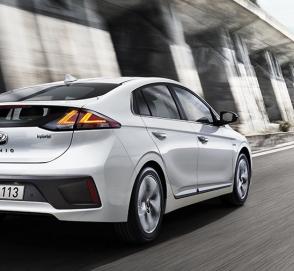 Hyundai обновил гибридный Ioniq