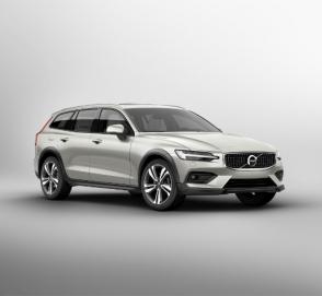 Volvo выкатила новый проходимый универсал V60 Cross Country